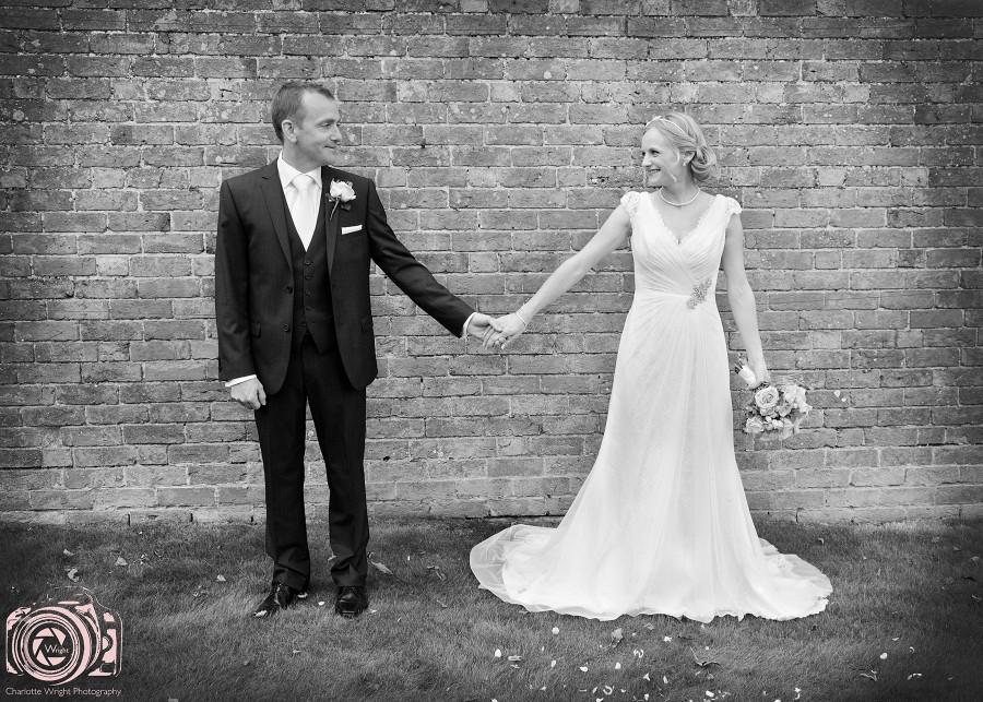 Tom & Frances' wedding Moreton in the Marsh
